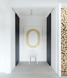 great-danes-hallway