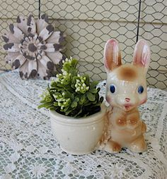 Vintage Rempel Bunny Planter Diamond pottery Co by Fannypippin, $24.50