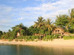 Pangkil Island Indoensia. Sleeps 30. $500 USD per person for 3 days and 2 nights.