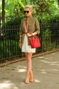 Art cream lace + army green + red fashion