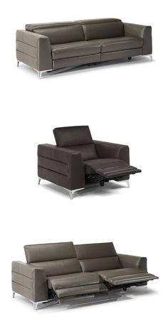 Orgoglio to nowoczesna, otwarta sofa z dużym podłokietnikiem i smukłą konstrukcją wykonaną z równoległych linii. #furniture #interiordesign #sofa #natuzzi #home #meble #kanapy #armchair #sofas #cornersofa New Home Designs, Sofas, New Homes, House Design, Couch, Living Room, Furniture, Home Decor, Italia