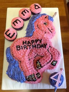 A pink unicorn for Emma's 4th birthday!