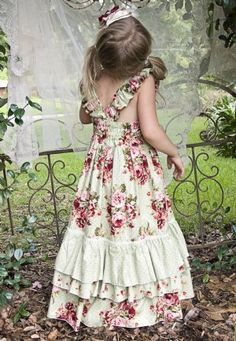Image detail for -Rose Country Chic Holiday Frock Perfect Shabby Chic Christmas Dress . Chic Outfits, Girl Outfits, Shabby Chic Dress, Kids Frocks Design, Country Dresses, Frock Design, Boho Girl, Baby Dress, Look