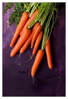 Carrots by El Oso con Botas Food Photography Styling, Fruits And Vegetables, Vegetable Garden, A Food, Harvest, Carrots, Food Porn, Recipes, Colour Contrast