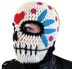 Sugar skull Mask ~ free pattern (the grandsons would love this!) TONY needs one of these for work