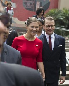 Crown Princess Victoria (L) and Prince Daniel (R) of Sweden arrive for the opening of a seminar at the Universidad de Lima, in Lima on October 19, 2015. Princess Victoria will lead a delegation of government agencies, universities and higher education in Sweden, Denmark, Finland and Iceland to develop a Contact Seminar at the University of Lima.