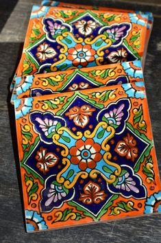 24 Mexican Talavera Tiles Hand painted 4 X 4 - 24 Mexican Talavera Tiles Hand painted Four X 4 Etsy Mexican Kitchen Decor, Mexican Home Decor, Mexican Kitchens, Hacienda Kitchen, Talavera Pottery, Ceramic Pottery, Ceramic Art, Mexican Ceramics, Tile Crafts