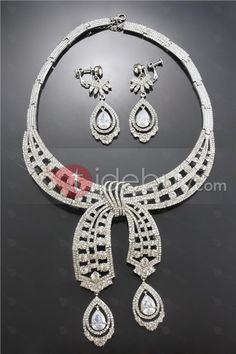 Gorgeous Ribbon Alloy with Clear Rhinestone Jewelry Set
