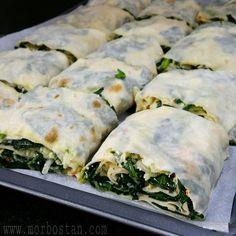 Ispanaklı Dilim Börek; - MOR BOSTAN Turkish Recipes, Ethnic Recipes, Apple Cinnamon Rolls, Turkish Kitchen, Sugar Free Cookies, Time To Eat, Arabic Food, Iftar, Copycat Recipes