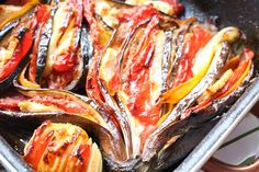 Bakina kuhinja - punjeniu plavi patlidžan povrćem - Bakina kuhinja Feta, Sausage, Bacon, Bakery, Pork, Cooking Recipes, Breakfast, Kale Stir Fry