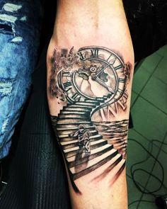 Popular Wrist Tattoo Models in 2019 - Tattoos For Men: Best Men Tattoo Models Time Piece Tattoo, Time Tattoos, Back Tattoos, Body Art Tattoos, Inner Forearm Tattoo, Forearm Sleeve Tattoos, Wrist Tattoos For Guys, Mens Wrist Tattoos, Heaven Tattoos