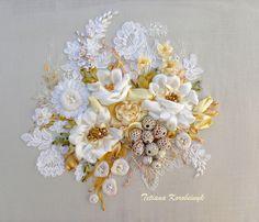 """Ricamo """" Il lusso del bianco"""",ribbon embroidery di Le meravigle di nastro su DaWanda.com"""