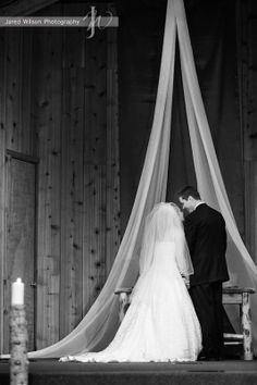 Google Image Result for http://www.jaredwilsonphotography.com/images/content/Breckenridge_Wedding_Altar.jpg
