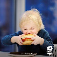 Eine Mahlzeit, der auch wirklich allem schmeckt 😋🍔🍟 . #hfc #hfchicken #hfchickende #fastfood #burger #burgers #hamburger #chickenburger #fingerfoods #food #instafood #chicken #pommes #fastfoodliebhaber #instaburgers #deutschland #dillenburg #giessen #lieferservice Hot Dog Buns, Hot Dogs, Fast Food, Hamburger, Bread, Meal, Germany, Brot, Baking