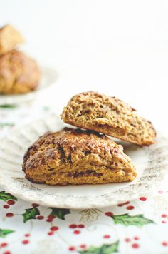 Gingerbread Scones | 37 Delicious Things To Make For A Holiday Brunch