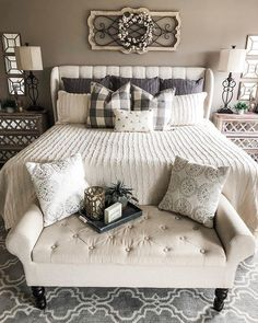 Master bedrooms decor - Cozy master bedroom - Home decor bedroom - Remodel bedroom - Farmhouse - Best Pins Farmhouse Master Bedroom, Master Bedroom Design, Home Decor Bedroom, Modern Bedroom, Bedroom Designs, Fancy Bedroom, Diy Bedroom, Dream Bedroom, Bench For Bedroom