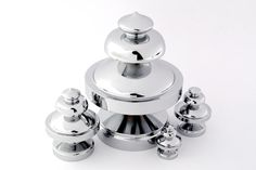 PEARL model here in chrome and aluminium. Choose on 4 different sizes and several finishes. http://bb-sweden.se/?lang=en