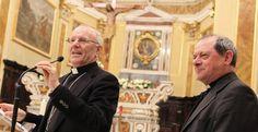 """Effetto Bergoglio. Galantino: niente """"scambi di favori"""" tra preti e politici, Oliva: """"non mi fate regali, date ai poveri"""""""