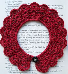 a #crochet #collar! why haven't i learned how to crochet yet??