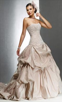 a6909cd2a6ec Maggie Sottero Victoriana: buy this dress for a fraction of the salon price  on PreOwnedWeddingDresses