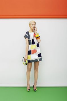 Marimekko´s Spring 2013 totally 70 s Mode Style, Editorial Fashion, Fashion Models, Fashion Trends, Beautiful Dresses, Spring Fashion, What To Wear, Fashion Photography, Short Sleeve Dresses
