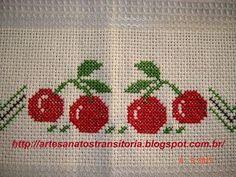 ARTESANATOS TRANSITÓRIA: cerejas e maçãs bordadas no ponto cruz
