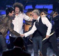 Back when #Idol finale had idols: @DrBrianMay @OfficialRMT @adamlambert #IdolFinale #Queen