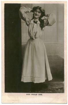 Phyllis Dare | Phyllis Dare_B.B 3 Edwardian Era, Edwardian Fashion, Vintage Photographs, Vintage Photos, Lillie Langtry, 1940s Actresses, Maid Dress, Gingham Dress, Vintage Beauty