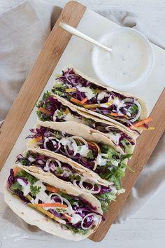 Sauce Tacos, Crudite, Adeline, Le Diner, Vegan Vegetarian, Salads, Sandwiches, Food And Drink, Healthy Eating