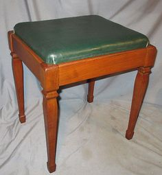 NICE-Vintage-Walnut-Singer-Sewing-Machine-Cabinet-40-72-Bench-Seat-Stool $40