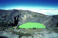 Les 10 volcans les plus impressionnants ! Le n°2 soufflera peut-être la vedette...