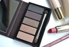 MAKEUP LOOK | Vampy Valentine's Day with the Clarins Pretty Night 5 Colour Eyeshadow Palette Review