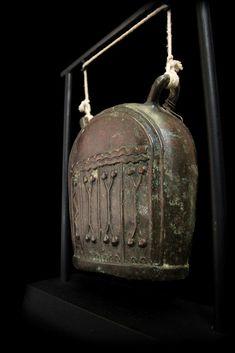 Extremely Rare 19C Bronze Burmese Elephant Bell. #BB198