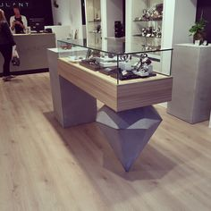 Cazana Beton+ Display for shops