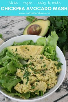 Looking for an alternative to tuna or egg salad? This vegan chickpea avocado mash is a perfect lunch wrapped in a sandwich or over a salad, for a fast and easy, delicious lunch! Healthy lunch recipes | vegan recipes | chickpea recipes | chickpea mash | sandwiches