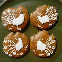 Honey Cookies, Royal Icing, Biscotti, Cookie Decorating, Bunny, Sugar, Desserts, European Style, Decorated Cookies