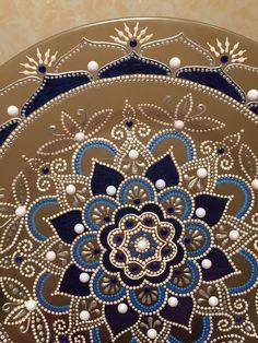 mandalas Mandala Canvas, Mandala Dots, Mandala Painting, Dot Painting, Painted Plates, Painted Jars, Painted Rocks, Mandela Art, Drawing Stencils