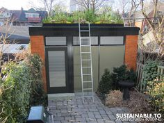 Green Roof Garage by SUSTAINABLE.TO