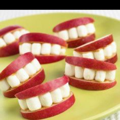 Apple and marshmallow teeth