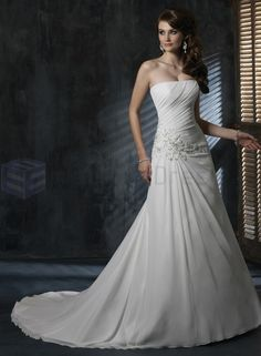 #ChiffonWeddingDresses break the monotony in this new phase of your life and try something which you never tried before, but surely it needs to be ethereal. http://goo.gl/BDsqCw