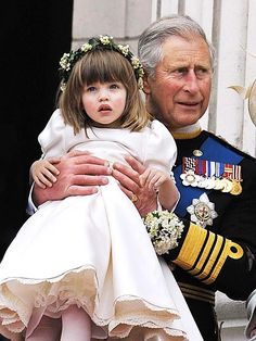 Prince Charles lifted Elisa at the wedding of The Duke and Duchess of Cambridge. Princess Margaret, Princess Mary, Princess Charlotte, Royal Brides, Royal Weddings, Royal Family Portrait, Kate Middleton Wedding, Prince William And Catherine, William Kate