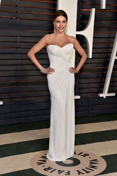 Pin for Later: Don't Miss 1 Single Look From the Oscars Afterparties Sofia Vergara Wearing a Mark Zunino Haute Couture dress and Lorraine Schwartz jewels at Vanity Fair's Oscars party.