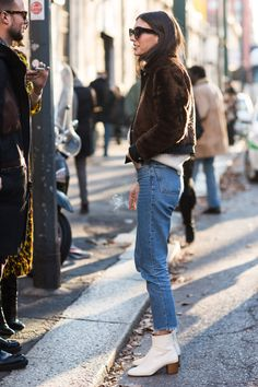 Le Fashion: Search results for white boots Looks Style, Style Me, Style Star, Jeans 501, Fashion Moda, Womens Fashion, White Ankle Boots, Fashion Gone Rouge, Street Style