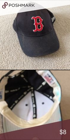 Boston Red Sox hat SnapBack in ok condition Boston Red Sox baseball cap New Era Other