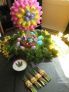So very cute ... instructions and MORE pics at: http://www.thehungrymouse.com/2011/04/11/peep-topiary-plus-other-easter-table-top-decorating-ideas/