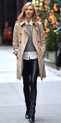 Karlie Kloss - classic trench