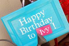 icandy handmade: (tutorial) interchangeable birthday sign! @Asha Kenebrew