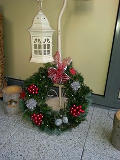 Christmas Wreaths, Christmas Tree, Holiday Decor, Home Decor, Christmas Garlands, Homemade Home Decor, Holiday Burlap Wreath, Xmas Tree, Xmas Trees