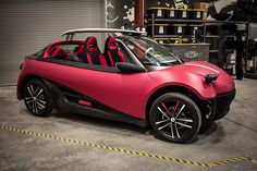 Local Motors is reinventing cars, and from the ground up, using printing, carbon fiber, and a wide range of customizable features. Impression 3d, Las Vegas, First Fleet, Green News, 3d Printing Industry, Cars Series, Automobile Industry, Future Car, First World