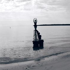 Inner healing through self empowerment Photography Courses, Dance Photography, Self Empowerment, Crown Chakra, Time Out, Black And White Photography, Statue Of Liberty, Healing, Ocean
